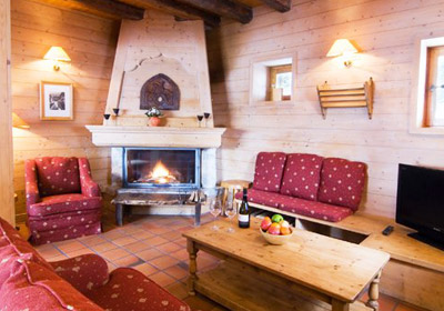 chalet-Lardour-5-bedrooms-lounge-small
