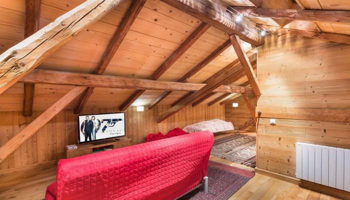 chalet-WASMYA-tv-room