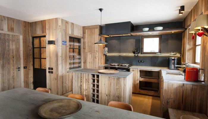 chalet-amanvesa-kitchen