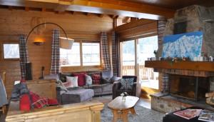 chalet-chardon-7-bedrooms-lounge