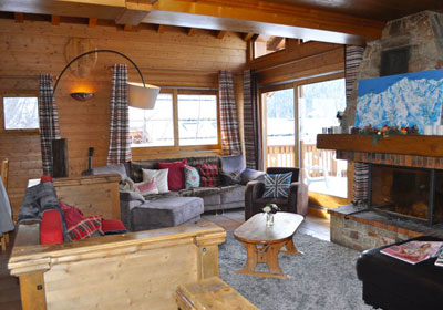 chalet-chardon-7-bedrooms-lounge-small