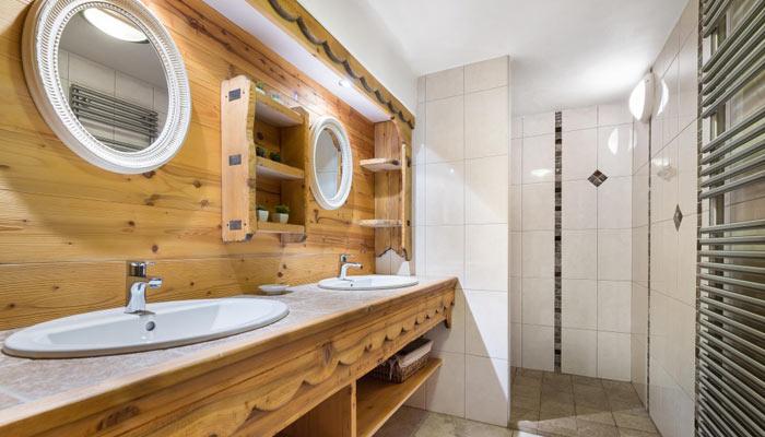 chalet-des-neiges-bathroom