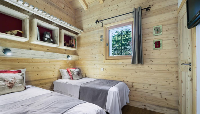 chalet-des-neiges-bedroom2