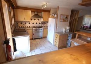 chalet-hirondellle-kitchen
