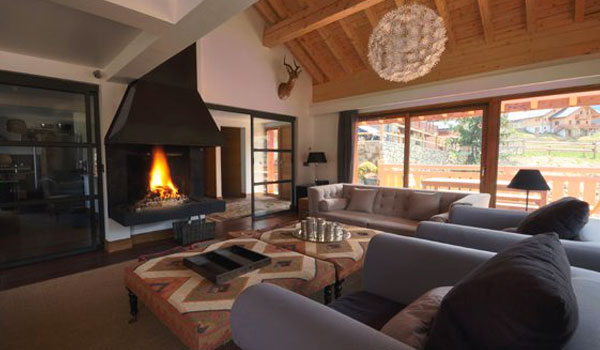 chalet-impala-lodge-7-bedrooms-lounge