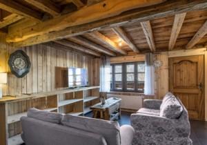 chalet-plaigny-lounge2-small