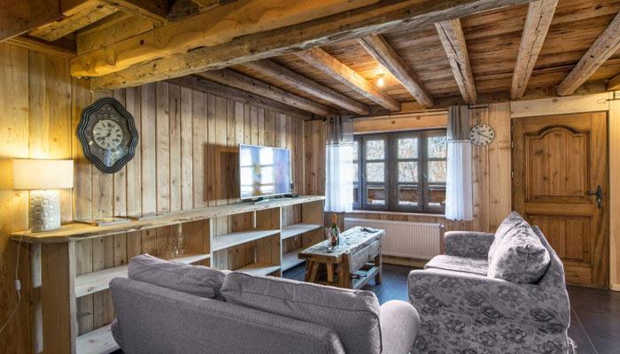 chalet-plaigny-lounge2
