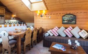 chalet-rosa-lounge