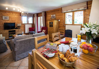 chalet-snowdrop-lounge-small