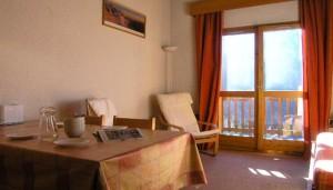 chandonelles-lounge-room