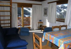 chanrossa-3-bedrooms-lounge
