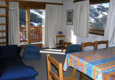 chanrossa-3-bedrooms-lounge-small