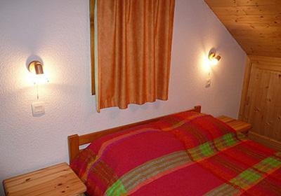 chanrossa-bedroom