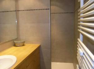 croix-de-verdon-4-bedrooms-bathroom