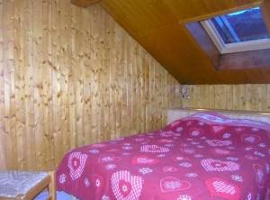 croix-de-verdon-4-bedrooms-double-bedroom