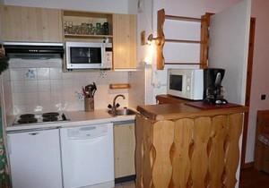 ermitage-29-kitchen