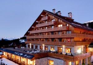 hotel-allodis-outside-small