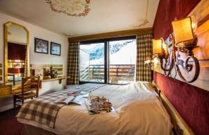 hotel-alpen-ruitor-bedroom