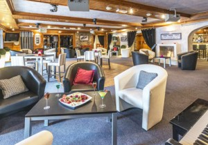 hotel-eterlou-bar3-small