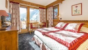 hotel-eterlou-bedroom