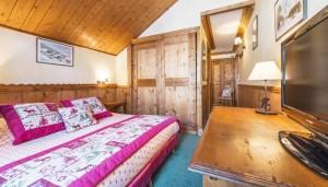 hotel-eterlou-bedroom5