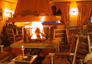 hotel-marie-blanche-lounge-small