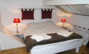 le-centre-bedroom