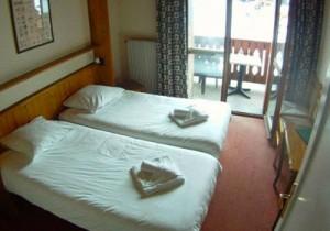 le-roc-bedroom2-small