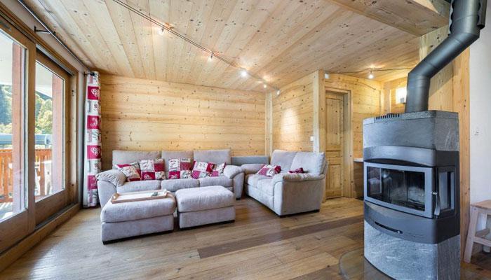 les-brimbelles-3-bedrooms-lounge