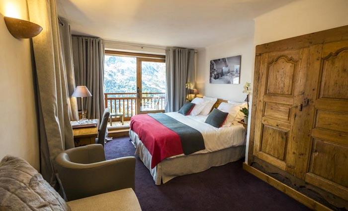 merilys-bedroom2