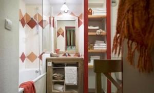 ravines-bathroom