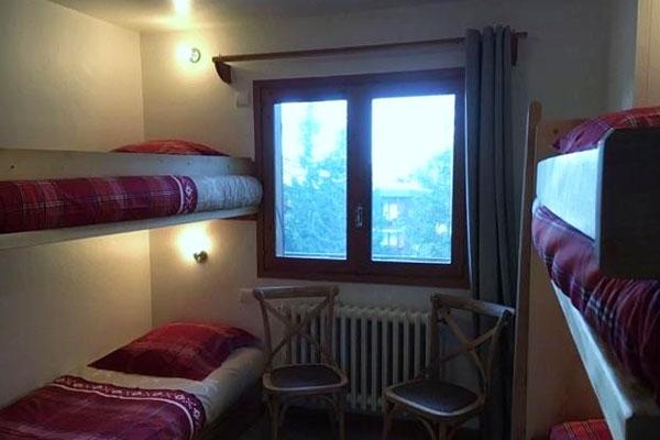 roc-du-tougne-bedroom3