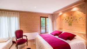saint-erige-8-bedrooms-bedroom