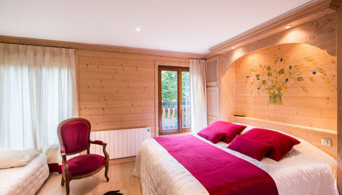 saint-erige-8-bedrooms-bedroom