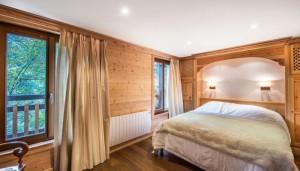 saint-erige-8-bedrooms-bedroom8