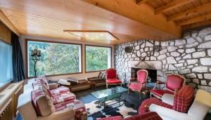 saint-erige-8-bedrooms-lounge2