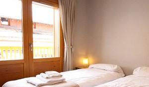 soldenelles-bedroom