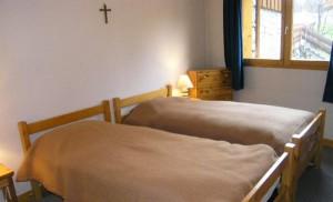 surf-bedroom