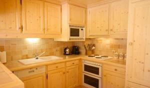 tarantaise-kitchen