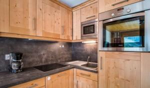 vallon-1-room-large-kitchen3