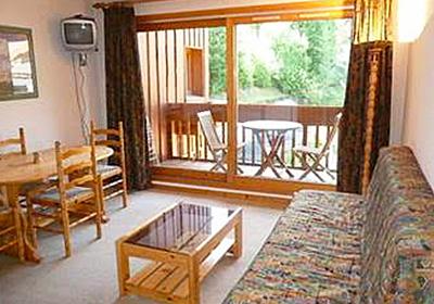 cristal-1-bedroom-lounge
