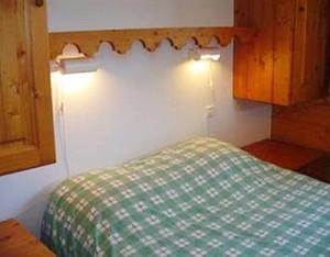 les-fermes-d15-bedroom