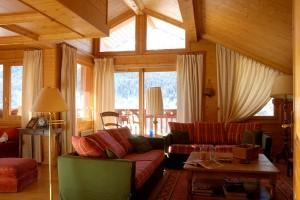 plan-du-moulin-lounge