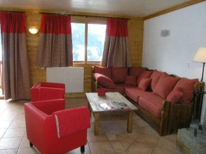 self-catered-chalet-meribel-lounge