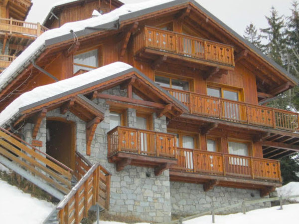 self-catered-chalet-meribel-outside