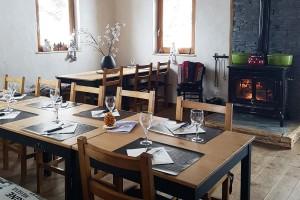 Refuge Le Trait D'union Lunch Restaurant